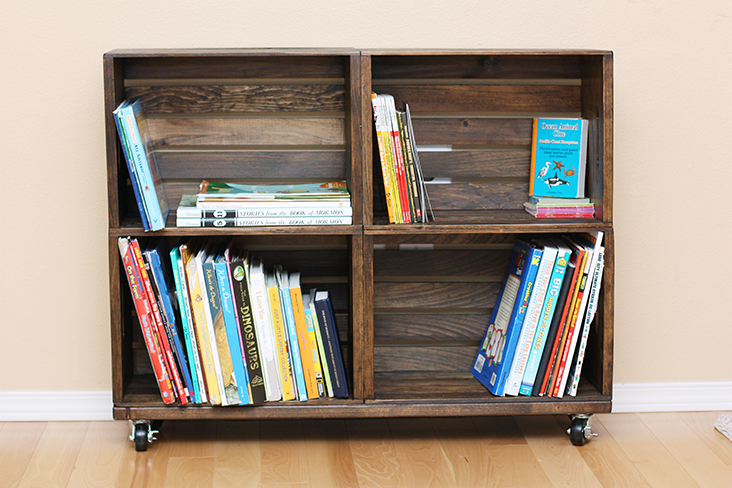 Today I'm sharing how you can make your own wood crate bookshelf!