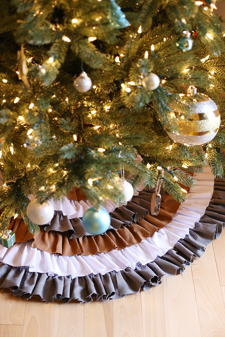 DIY No Sew Ruffled Tree Skirt - Sew Much Ado