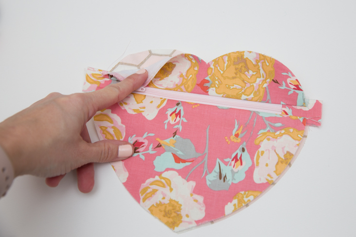 How to cut fabric with the Cricut Maker