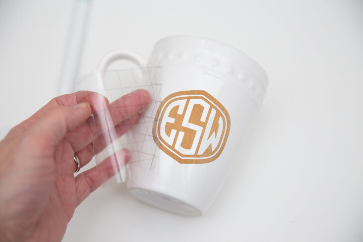 DIY Cricut Monogram