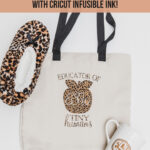 DIY Monogram Tote Bag for Teachers // Cricut Explore Air 2