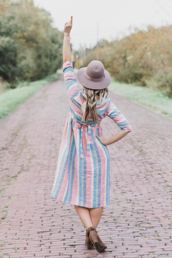 Jo-Ann Rainbow Linen